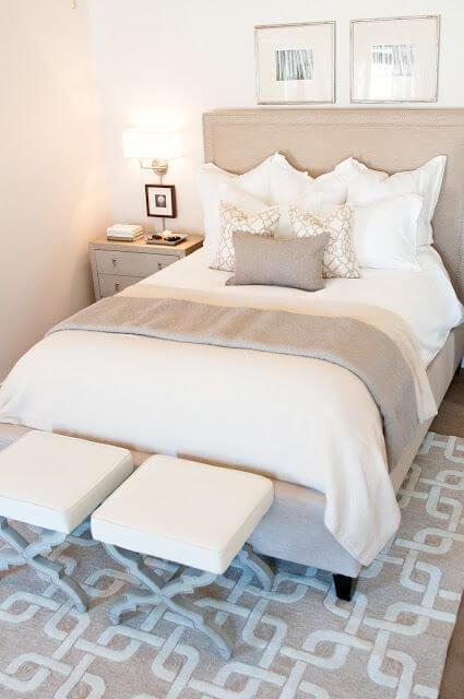 coastal master bedroom ideas - 23. Fancy Small Master Bedroom Design - Harptimes.com