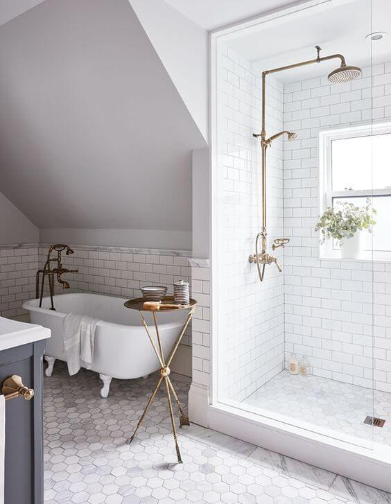 White Master Bathroom Ideas with Brass Plumbing - Harptimes.com