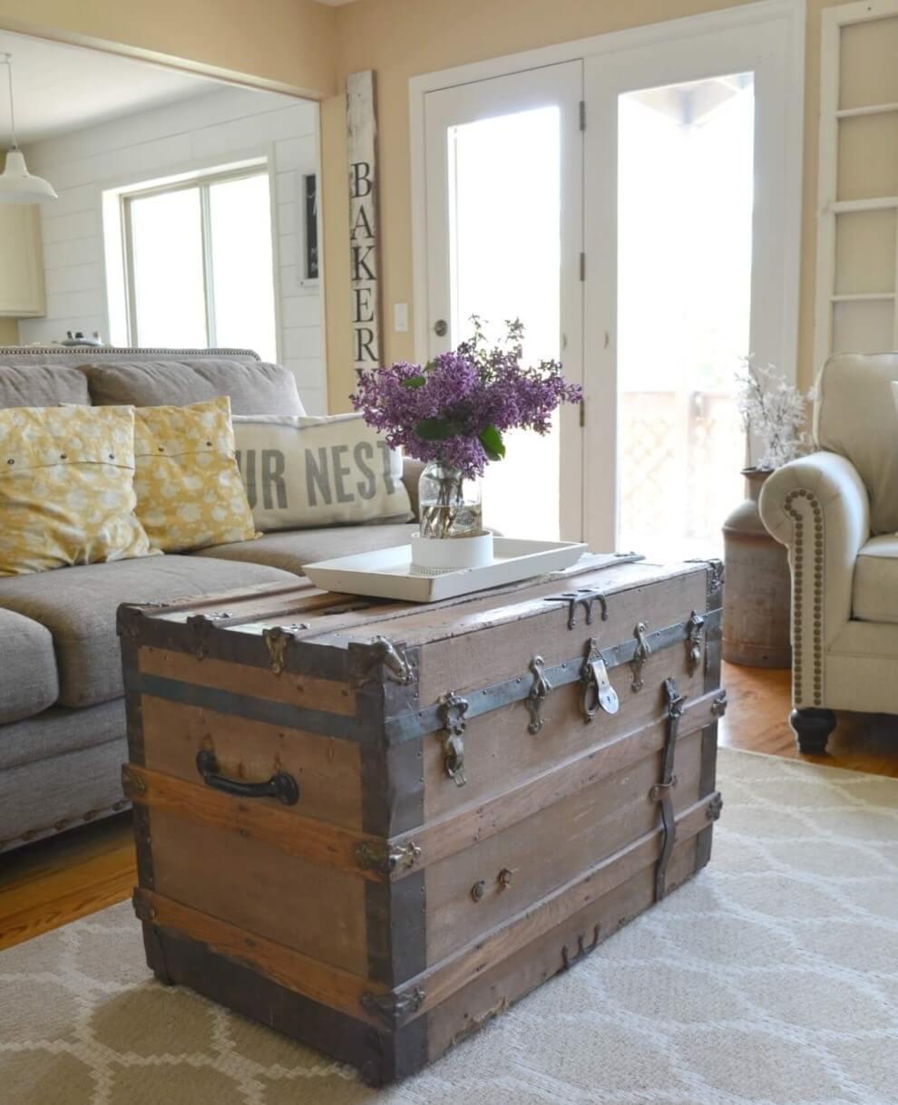 Antique Coffee Table Farmhouse Living Room Decor Ideas