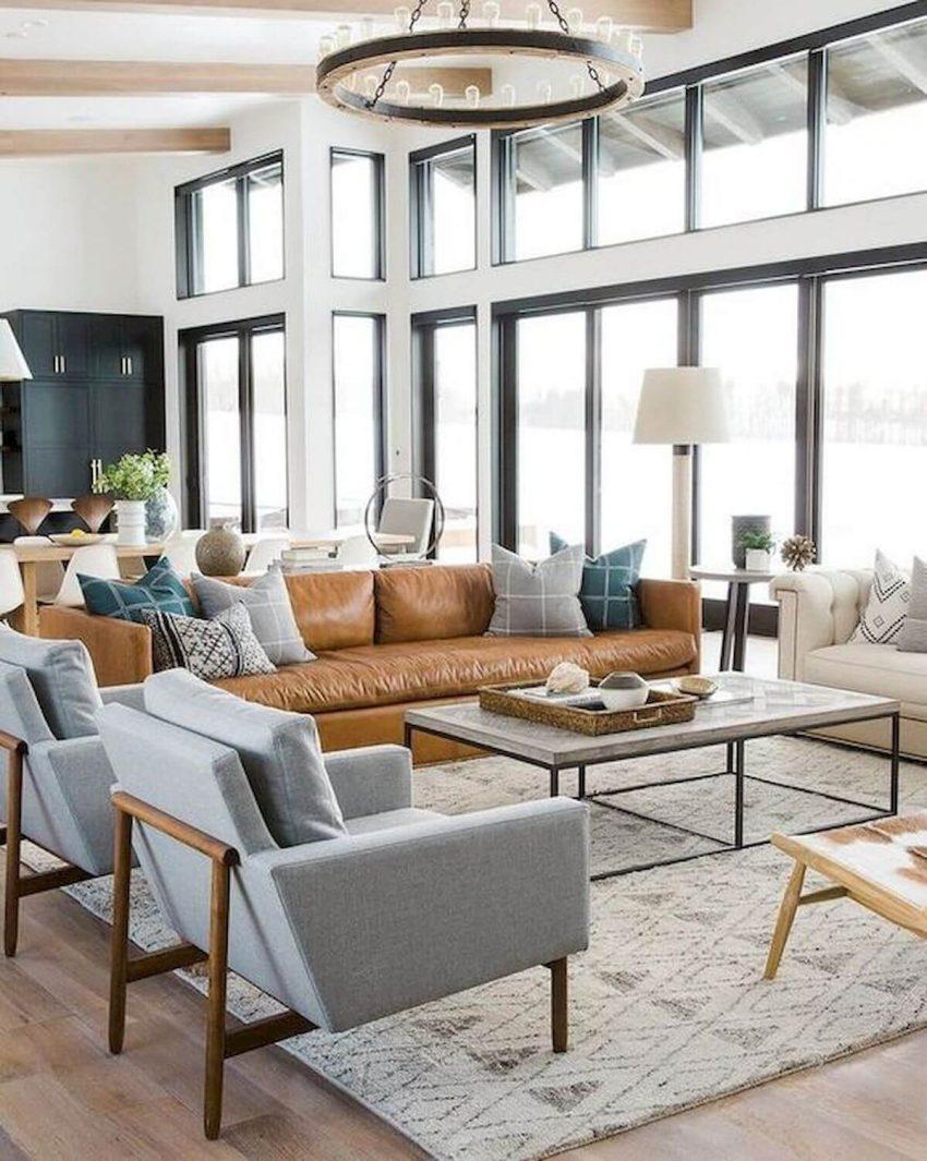 Spacious and Ventilated Farmhouse Living Room Ideas