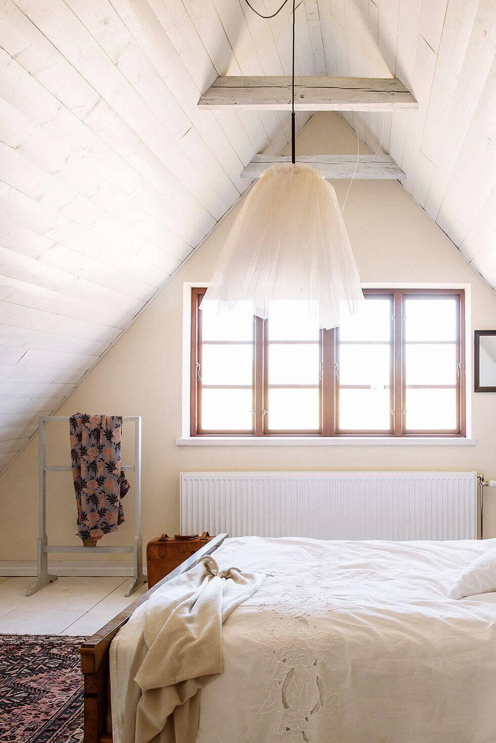 Small Bedroom Ideas Ikea Create a Cocoon