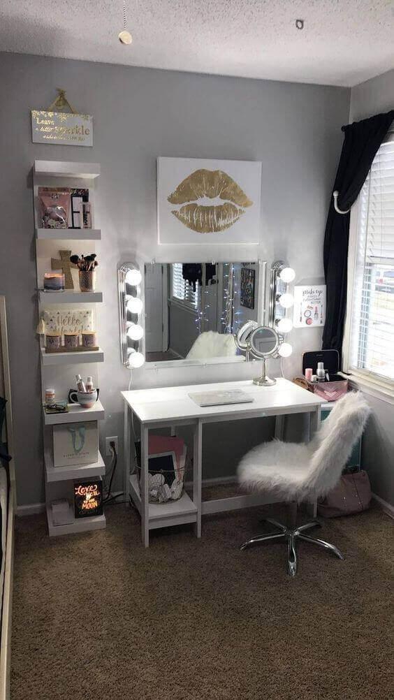 Cozy White Makeup Room Ideas - Harptimes.com