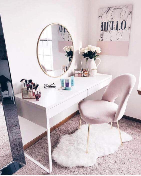 Girly Pink Makeup Room Ideas - Harptimes.com