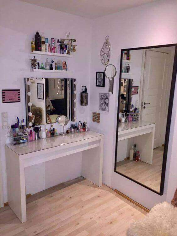 Makeup Room Ideas Dressing Table with Some Extra Mirrors - Harptimes.com