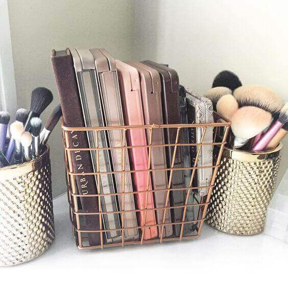 Makeup Room Ideas Tiny Copper Baskets for Compact Powder - Harptimes.com