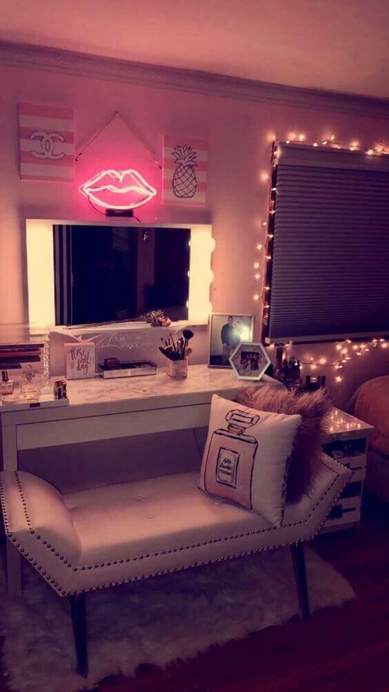 Romantic Makeup Room Ideas - Harptimes.com