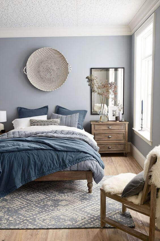 Blue Shades for Small Master Bedroom Ideas - Harptimes.com