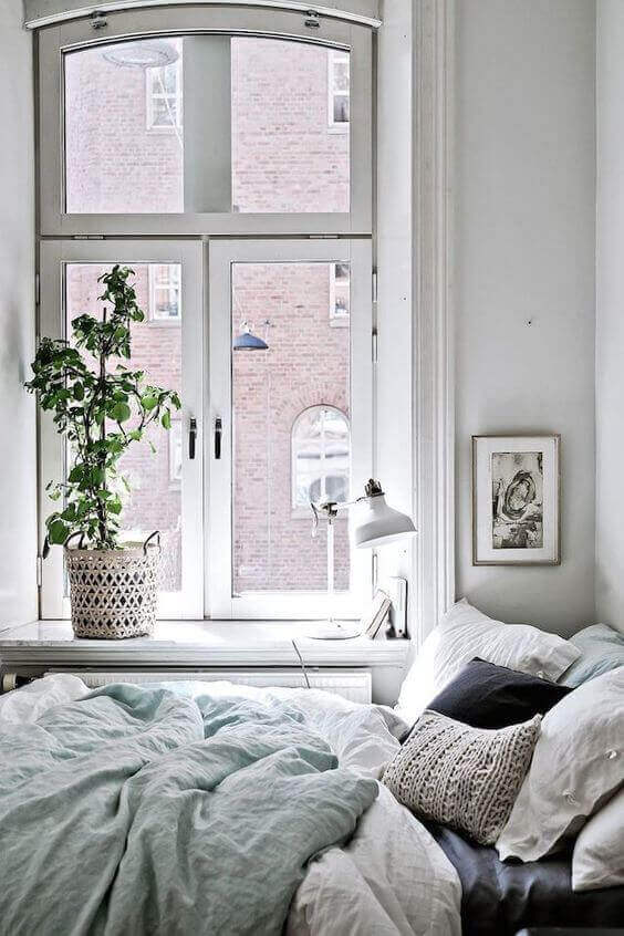 White Small Bedroom Ideas with Bright Tones - Harptimes.com