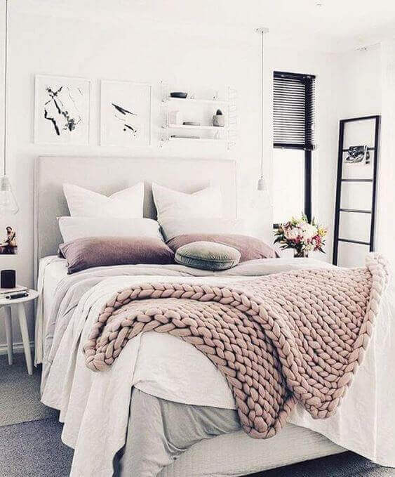 Small Bedroom Ideas with Light Shades - Harptimes.com